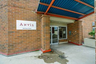 "Photo 2: 104 200 KEARY Street in New Westminster: Sapperton Condo for sale in ""THE ANVIL"" : MLS®# R2409767"