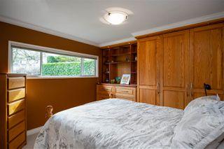 """Photo 11: 7247 BARNET Road in Burnaby: Westridge BN House for sale in """"WESTRIDGE"""" (Burnaby North)  : MLS®# R2440143"""