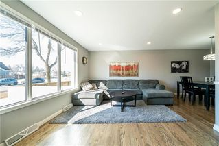 Photo 3: 53 Sansome Avenue in Winnipeg: Westwood Residential for sale (5G)  : MLS®# 202006568