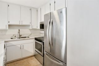 Photo 4: PACIFIC BEACH Condo for sale : 2 bedrooms : 4600 Lamont St #104 in San Diego