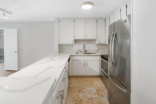 Photo 3: PACIFIC BEACH Condo for sale : 2 bedrooms : 4600 Lamont St #104 in San Diego
