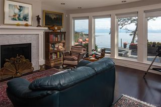 Photo 26: 1941 Crescent Rd in Oak Bay: OB Gonzales House for sale : MLS®# 837612