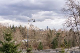 "Photo 19: 302 540 WATERS EDGE Crescent in West Vancouver: Park Royal Condo for sale in ""Waters Edge"" : MLS®# R2478533"