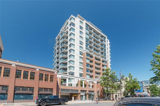Photo 2: 403 728 Yates St in : Vi Downtown Condo Apartment for sale (Victoria)  : MLS®# 853639
