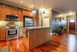 Photo 13: 1693 Glen Eagle Dr in : CR Campbell River Central House for sale (Campbell River)  : MLS®# 853709