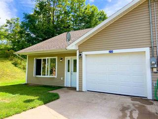 Photo 2: 18/20 Sunnyside Road in Greenwich: 404-Kings County Multi-Family for sale (Annapolis Valley)  : MLS®# 202018911