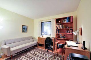 Photo 14: 205 1234 MERKLIN STREET: White Rock Home for sale ()  : MLS®# R2009764