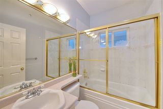 Photo 10: 759 E 63RD Avenue in Vancouver: South Vancouver House for sale (Vancouver East)  : MLS®# R2505460