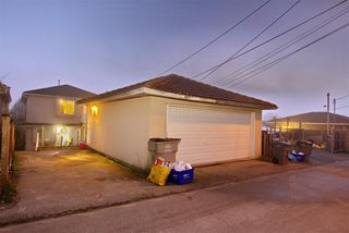 Photo 2: 759 E 63RD Avenue in Vancouver: South Vancouver House for sale (Vancouver East)  : MLS®# R2505460