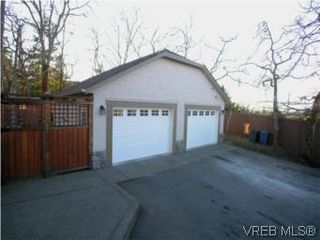 Photo 19: 3934 Cedar Hill Cross Rd in VICTORIA: SE Cedar Hill House for sale (Saanich East)  : MLS®# 491764