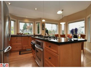 "Photo 3: 1047 STEVENS Street: White Rock House for sale in ""WHITE ROCK"" (South Surrey White Rock)  : MLS®# F1209554"