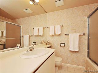 Photo 17: 206 1033 Belmont Avenue in VICTORIA: Vi Rockland Condo Apartment for sale (Victoria)  : MLS®# 318213