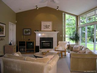 Photo 13: 545 Parkway Pl in COBBLE HILL: ML Cobble Hill House for sale (Malahat & Area)  : MLS®# 636679