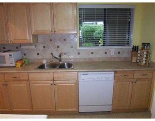 Photo 3: 940 Blackstock Road in Port Moody: North Shore Condo for sale : MLS®# V735106