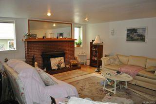 Photo 8: 27 Olympia Ave in VICTORIA: Vi James Bay Multi Family for sale (Victoria)  : MLS®# 638828
