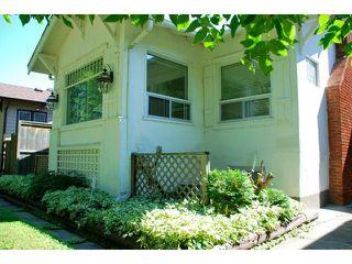 Photo 3: 222 Queenston Street in WINNIPEG: River Heights / Tuxedo / Linden Woods Residential for sale (South Winnipeg)  : MLS®# 1315651