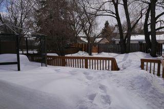 Photo 7: 54 Montclair Bay in Winnipeg: Fort Garry / Whyte Ridge / St Norbert Residential for sale (South Winnipeg)  : MLS®# 1405099