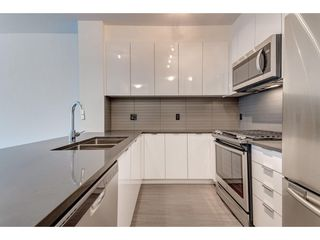 Photo 6: 323 15138 34 AVENUE in Surrey: Morgan Creek Condo for sale (South Surrey White Rock)  : MLS®# R2333980