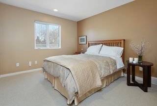 Photo 11: 251 Wilson Lane NW: Edmonton House for sale