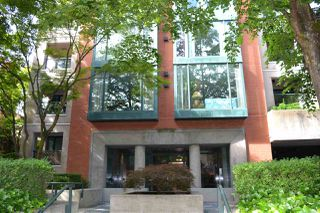 Photo 12: 402 1818 ROBSON STREET in Vancouver: West End VW Condo for sale (Vancouver West)  : MLS®# R2377698
