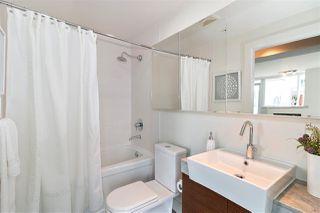 """Photo 14: 2501 565 SMITHE Street in Vancouver: Downtown VW Condo for sale in """"VITA"""" (Vancouver West)  : MLS®# R2396298"""
