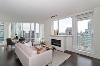 """Photo 2: 2501 565 SMITHE Street in Vancouver: Downtown VW Condo for sale in """"VITA"""" (Vancouver West)  : MLS®# R2396298"""