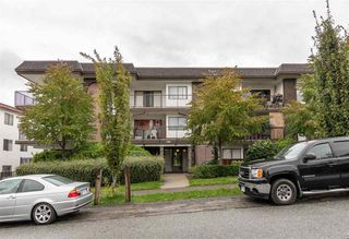 "Photo 15: 208 1585 E 4TH Avenue in Vancouver: Grandview Woodland Condo for sale in ""ALPINE PLACE"" (Vancouver East)  : MLS®# R2407908"