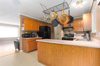 Photo 6: 18858 124A Avenue in Pitt Meadows: Central Meadows House for sale : MLS®# R2438473