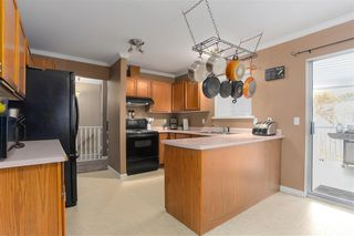 Photo 5: 18858 124A Avenue in Pitt Meadows: Central Meadows House for sale : MLS®# R2438473