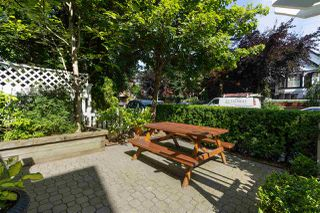 Photo 3: 886 UNION Street in Vancouver: Strathcona House 1/2 Duplex for sale (Vancouver East)  : MLS®# R2479143