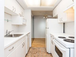 """Photo 10: 104 1535 W NELSON Street in Vancouver: West End VW Condo for sale in """"The Admiral"""" (Vancouver West)  : MLS®# R2482296"""