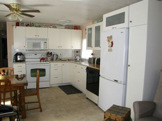 Photo 3: 14 62010 FLOOD HOPE Road in Hope: Hope Center Manufactured Home for sale : MLS®# R2495663