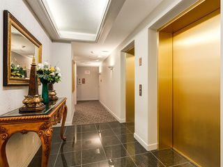 Photo 5: 703 837 2 Avenue SW in Calgary: Eau Claire Apartment for sale : MLS®# A1037629