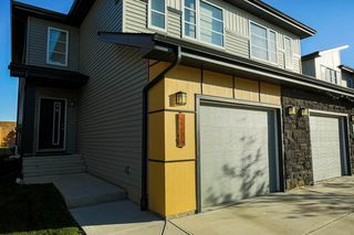 Photo 3: 2590 CASEY Way in Edmonton: Zone 55 House Half Duplex for sale : MLS®# E4218431