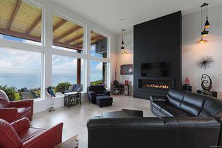 Photo 16: 4 1310 Wilkinson Rd in : CV Comox Peninsula House for sale (Comox Valley)  : MLS®# 860262