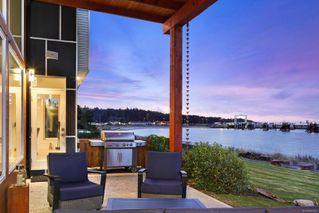 Photo 4: 4 1310 Wilkinson Rd in : CV Comox Peninsula House for sale (Comox Valley)  : MLS®# 860262
