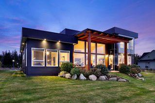 Photo 3: 4 1310 Wilkinson Rd in : CV Comox Peninsula House for sale (Comox Valley)  : MLS®# 860262