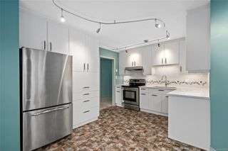 Photo 2: 318 10 Paul Kane Pl in : VW Songhees Condo for sale (Victoria West)  : MLS®# 862868