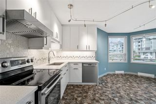 Photo 11: 318 10 Paul Kane Pl in : VW Songhees Condo for sale (Victoria West)  : MLS®# 862868