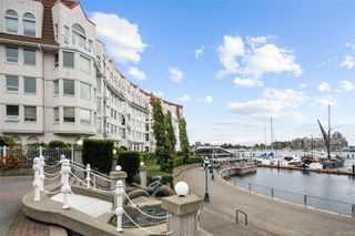 Photo 7: 318 10 Paul Kane Pl in : VW Songhees Condo for sale (Victoria West)  : MLS®# 862868