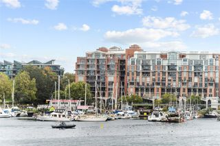 Photo 36: 318 10 Paul Kane Pl in : VW Songhees Condo for sale (Victoria West)  : MLS®# 862868