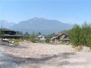 """Photo 1: 41392 TANTALUS Road in Squamish: Brackendale Home for sale in """"GARIBALDI ESTATES"""" : MLS®# V930352"""