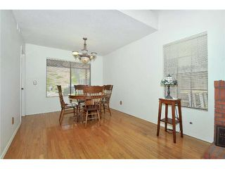 Photo 5: LEMON GROVE House for sale : 3 bedrooms : 7910 Rosewood Lane