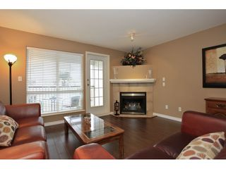 "Photo 2: 18650 65TH Avenue in SURREY: Cloverdale BC Townhouse for sale in ""RIDGEWAY"" (Cloverdale)  : MLS®# F1215322"