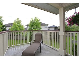 "Photo 20: 18650 65TH Avenue in SURREY: Cloverdale BC Townhouse for sale in ""RIDGEWAY"" (Cloverdale)  : MLS®# F1215322"