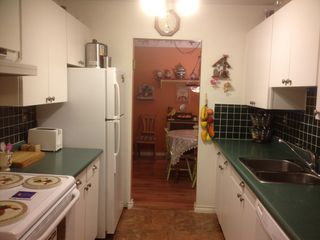 "Photo 3: 304 3411 SPRINGFIELD Drive in Richmond: Steveston North Condo for sale in ""BAYSIDE COURT"" : MLS®# V1009865"
