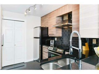 Photo 5: # 302 220 NEWPORT DR in Port Moody: North Shore Pt Moody Condo for sale : MLS®# V1038936