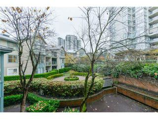 Photo 15: # 302 220 NEWPORT DR in Port Moody: North Shore Pt Moody Condo for sale : MLS®# V1038936