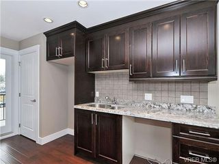 Photo 3: 107 990 Rattanwood Pl in VICTORIA: La Happy Valley Row/Townhouse for sale (Langford)  : MLS®# 679407