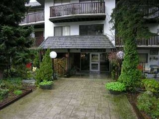 Photo 1: 115 175 E 4TH Street in NORTH VANCOUVER: Lower Lonsdale Condo for sale (North Vancouver)  : MLS®# V894682